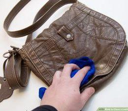 Cara merawat tas kulit dengan baby oil