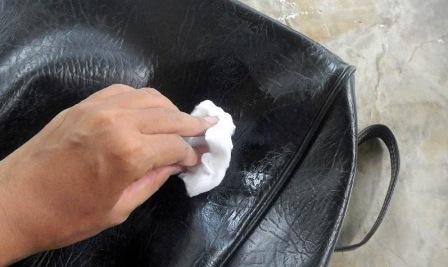 Cara Merawat Tas Kulit Yang Kusut