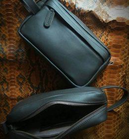 pouch kulit