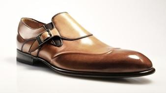 cara merawat sepatu kulit kena hujan