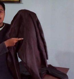 cara setrika jaket kulit